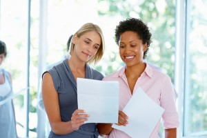 Treinamentos focados no desenvolvimento de Competências Emocionais, que são as únicas competências permanentes, necessárias e, atualmente, indispensáveis, para qualquer indivíduo, em qualquer profissão, idade, nível gerencial ou posição dentro de uma organização.